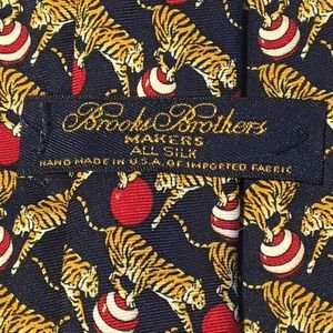Brooks Brothers Makers Playing Tigers Silk Tie